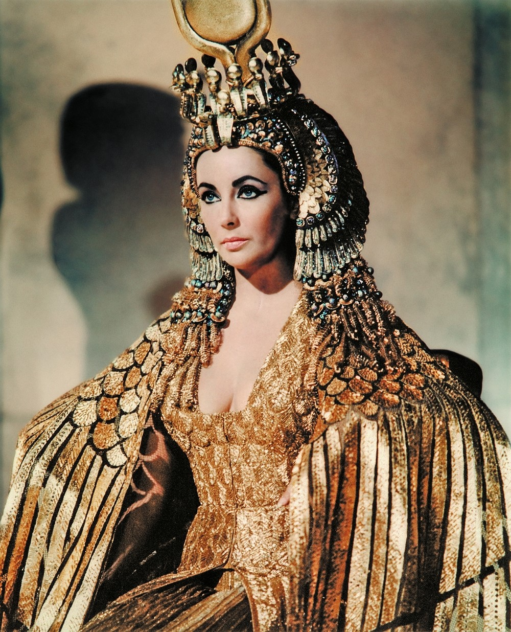 Top 10 Facts About Cleopatra S Costumes Another