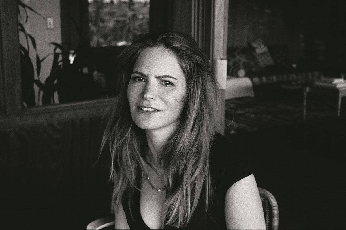 The Inimitable Jennifer Jason Leigh Another