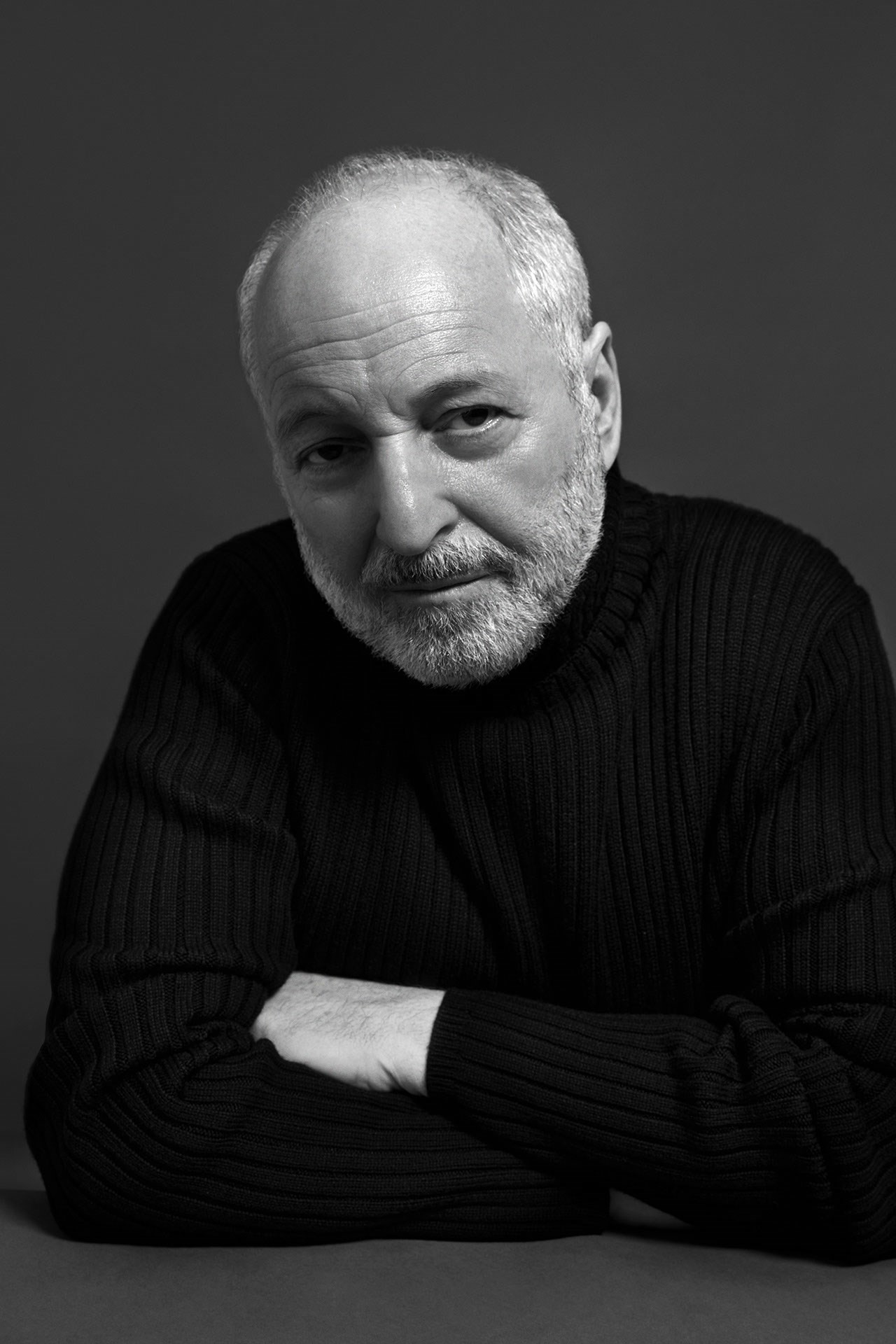 Author Photo Opt 2_Aciman, Andre (c) Chris Ferguso