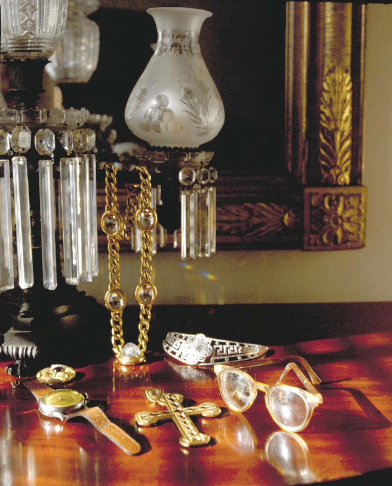 Andy-Warhol's-Jewelry-in-Bedroom