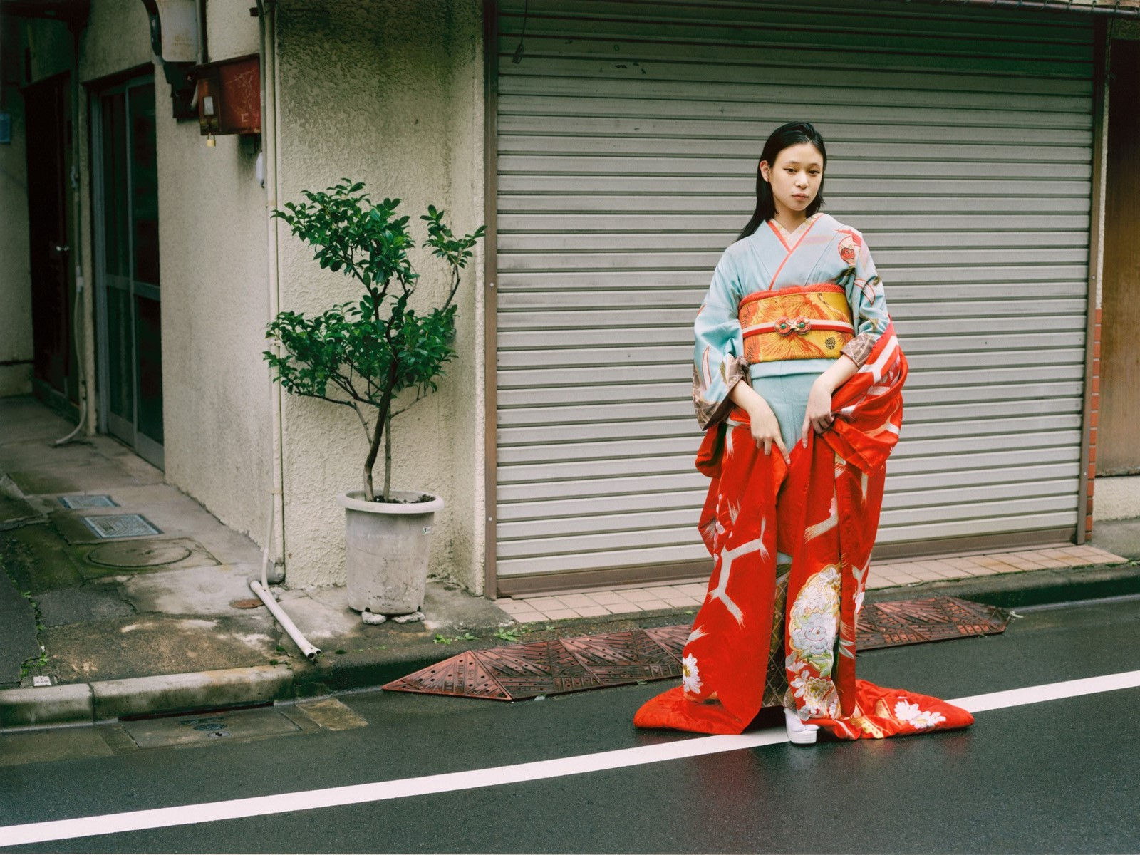 Pale Blue Furisode with Red Uchikake. Photographer