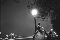 On-the-Embankment,-London,-1951-Barbara-Goalen-in-
