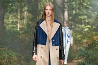 Burberry Spring_Summer 2021 Collection - Look 3