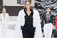Chanel aw19 ski resort alpine karl lagerfeld