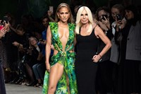 Donatella Versace and JLo_finale Versace Spring/Summer 2020