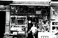 Laboratoire 32, Ben in front of his shop in Nice, ca. 1965