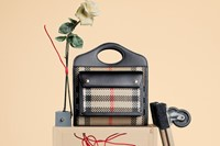 Burberry introduces the Pocket Bag campaign starri