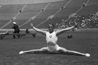 Swiss gymnast Georges Miez at the 1932 Olympic in Los Angele
