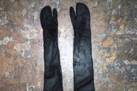 Sheer Tabi gloves, 1997