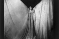 2. Unknown, Loie Fuller, c. 1901, Library of Congr