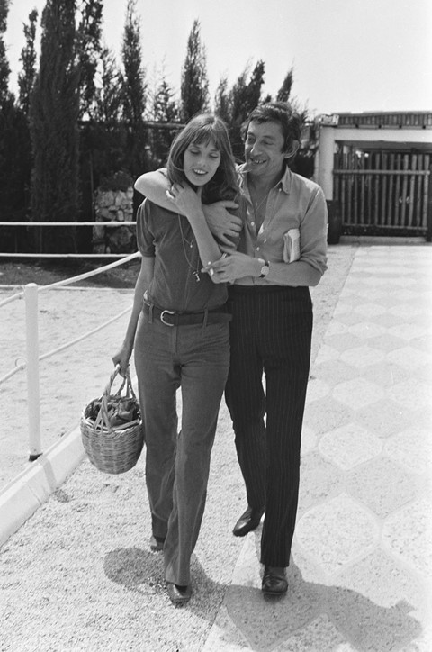Jane Birkin and Serge Gainsbourg on a karting racing circuit