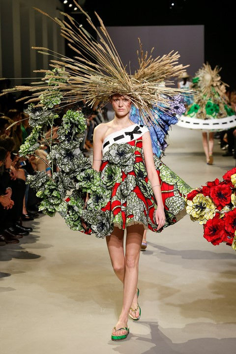 Viktor & Rolf Van Gogh Girls collection, S/S15 Haute Couture