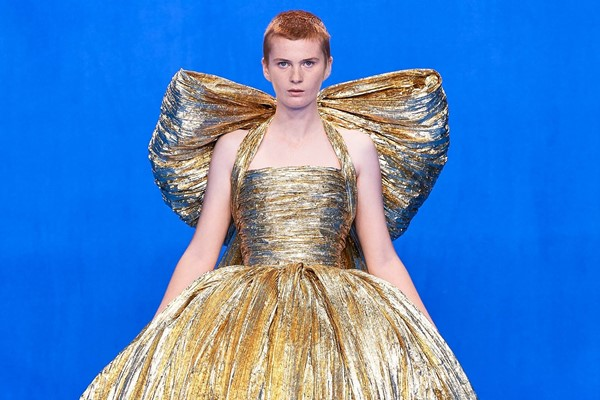 Balenciaga Is Returning to Haute Couture