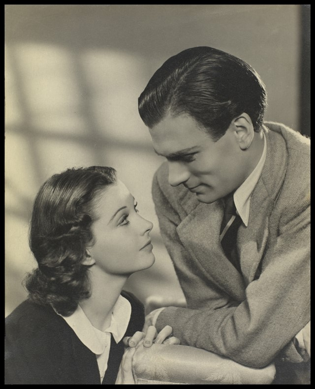 Vivien Leigh with Laurence Olivier, date unknown.