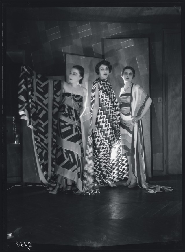 Simultaneous Dresses (Three women, Forms, Colours) 1925