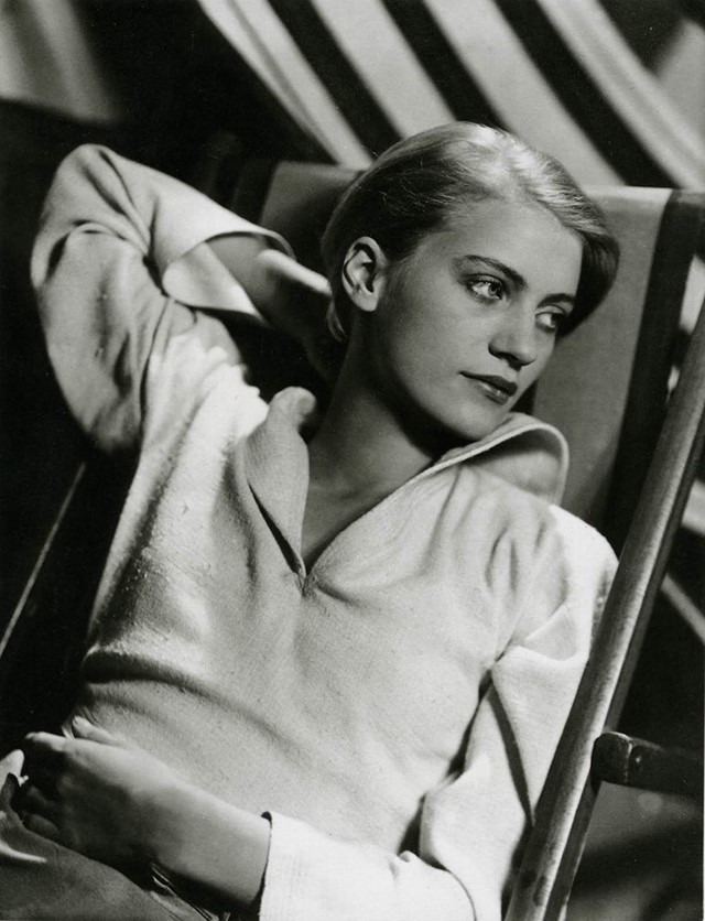 Lee Miller by George Hoyningen-Huene, 1932