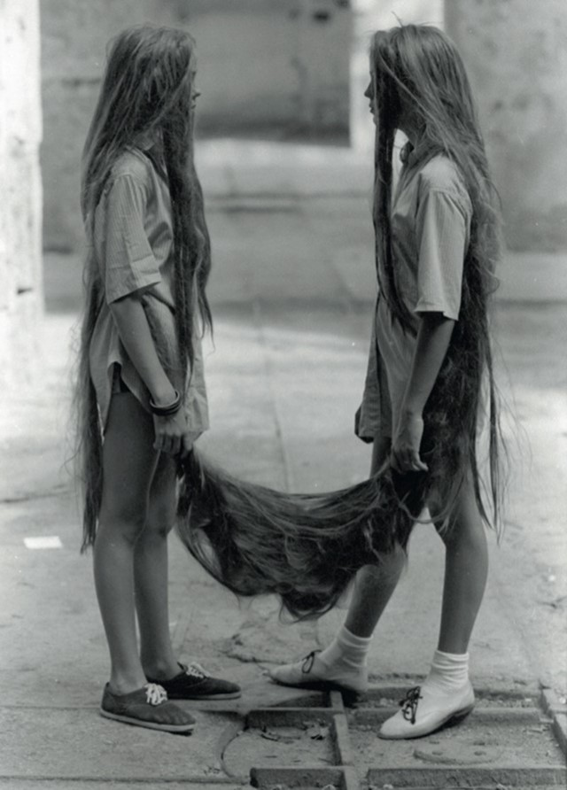 Tunga, Siamese Hair Twins, 1987