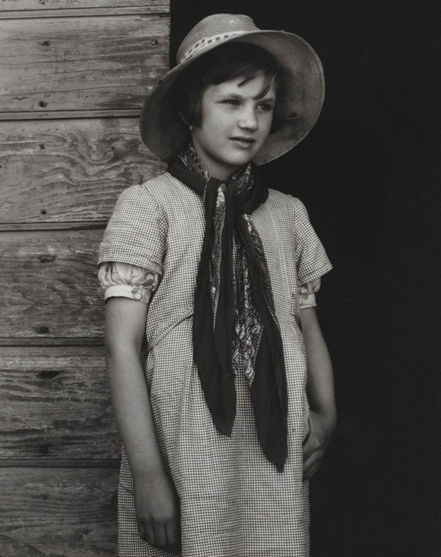 Paul Strand (1890-1976), Farmer's Daughter, Luzzar