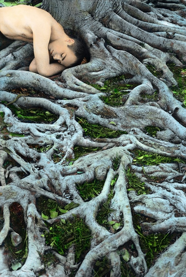 Self-Portrait-with-Roots,-Los-Angeles-2008