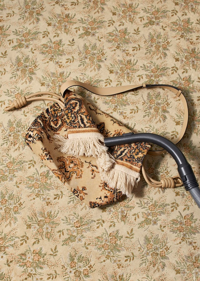 MLS_AnOther_Loves_Loewe_Carpetbag