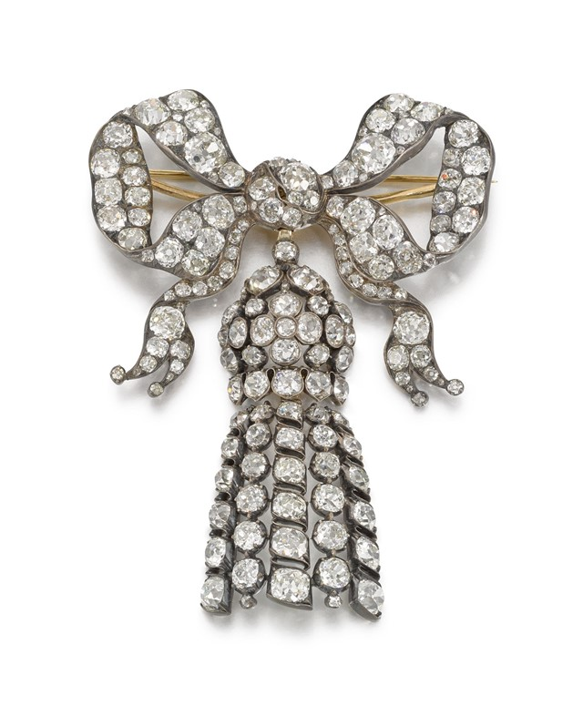 Diamond-bow-brooch-pendant