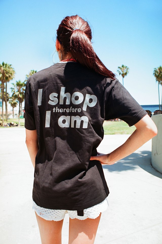 Barbara-Kruger'sI-shop-Therefore-I-am-'89