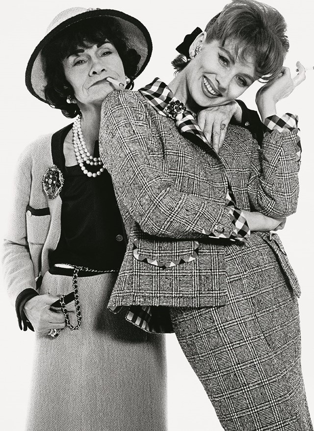 A_ Avedon.Gabrielle Chanel and Suzy Parker 1959