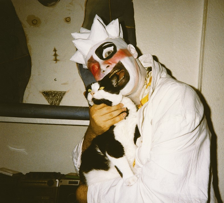 Leigh Bowery and Michael & Gerlinde's cat Susie, 1986