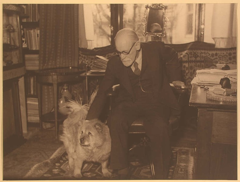 Sigmund Freud and his Chow Jofi