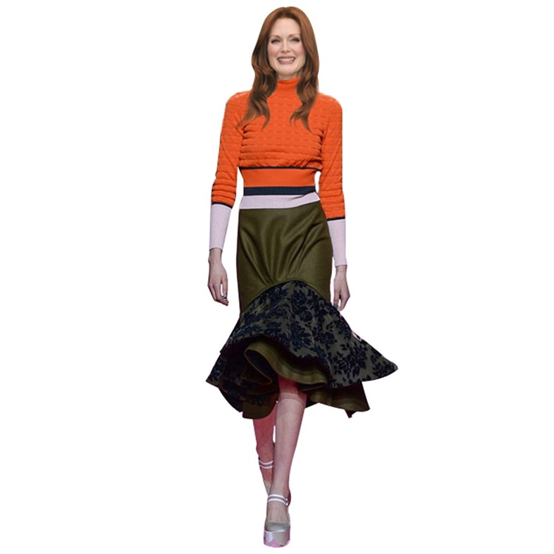 Julianne Moore wearing Mary Katrantzou A/W15