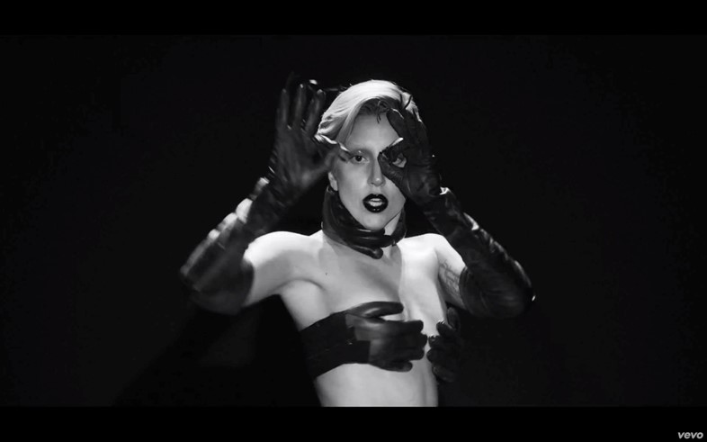 Lady Gaga, Applause