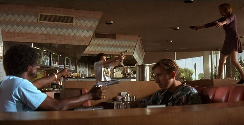 movies_pulp_fiction_bar_scene_1440x900_desktop_144