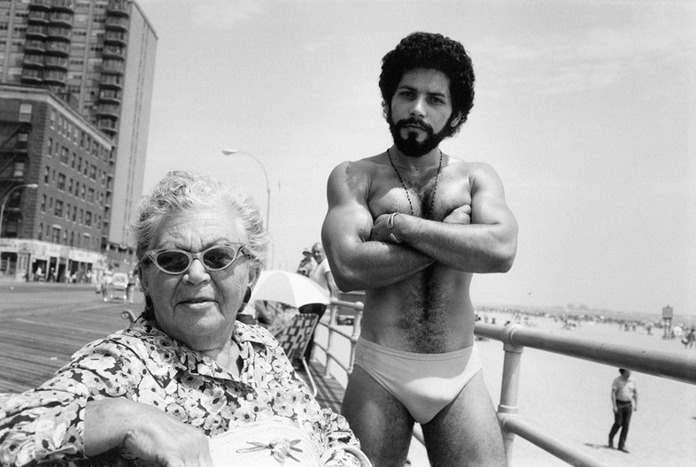 6_Angel & Woman at Brighton Beach_1976_copyright A