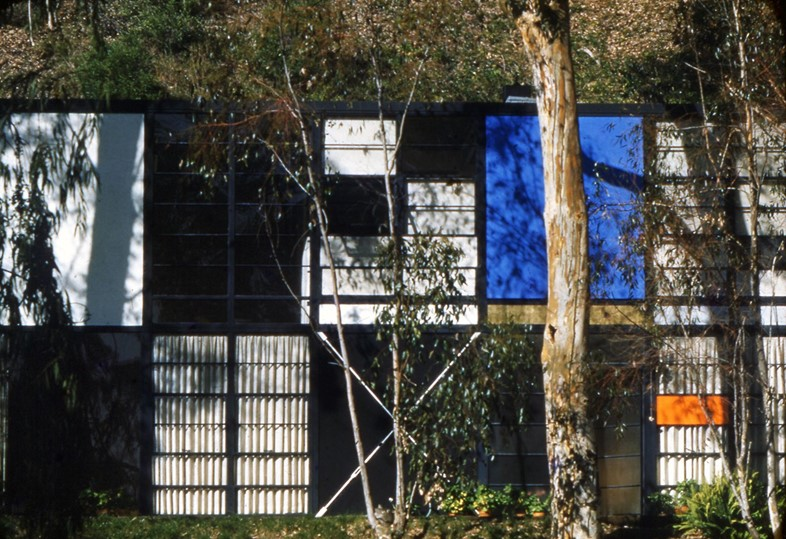 7. The World of Charles and Ray Eames. Eames House