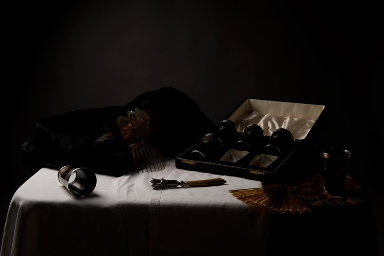 PlasticVanitas_Still-Life-with-Hair-Comb-and-Cup-S