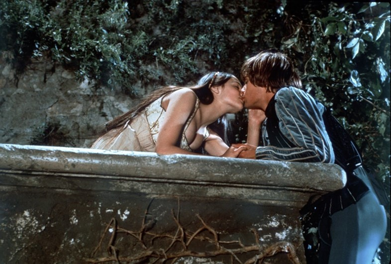 Romeo-And-Juliet-Movie-1968-Film-Version-Shakespea