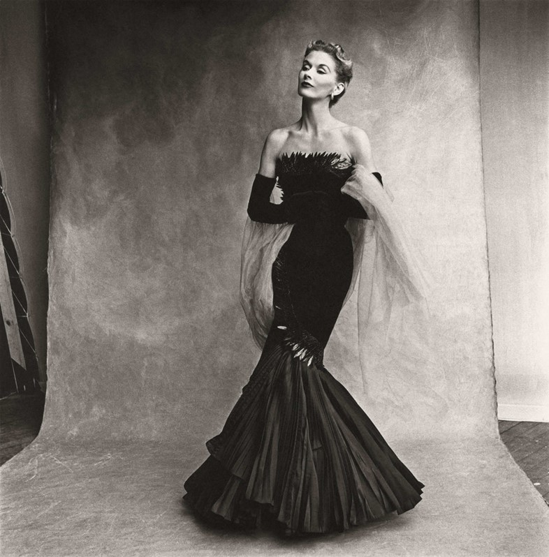 Irving Penn\u0027s Iconic Shot of the World\u0027s First Supermodel