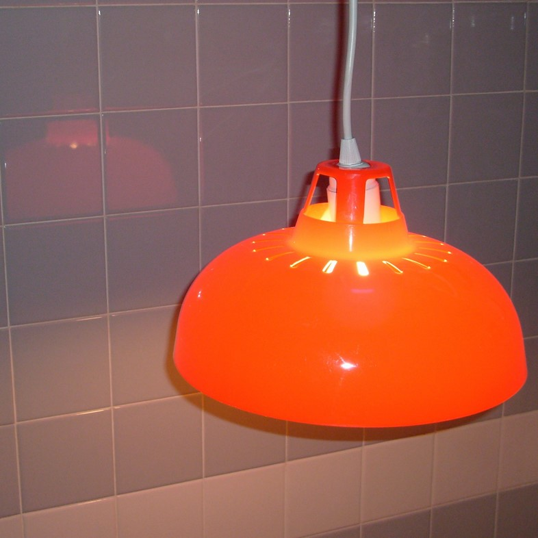 red lampshade-2