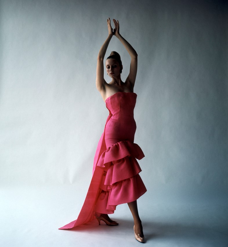 Flamenco-style_evening_dress_Crist+¦bal_Balenciaga