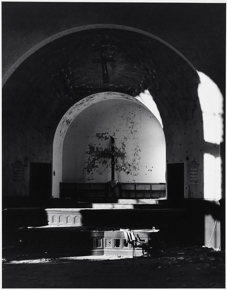 Hujar_6_Abandoned-Church-Newark