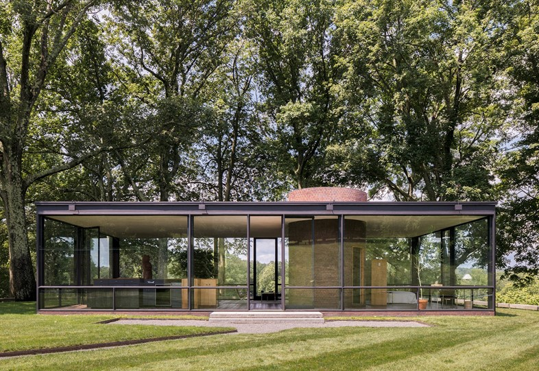 088-The-Glass-House