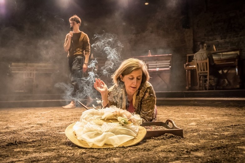 Summer-and-Smoke-Review-Almeida