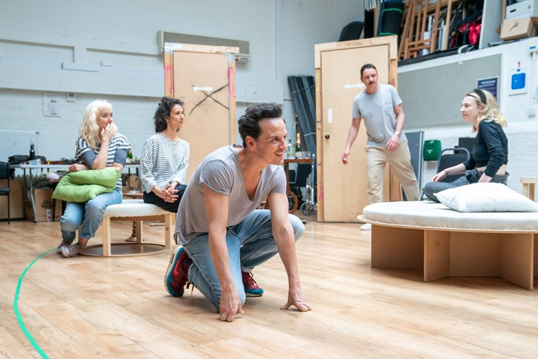 Present Laughter Old Vic 2019 Andrew Scott Fleabag