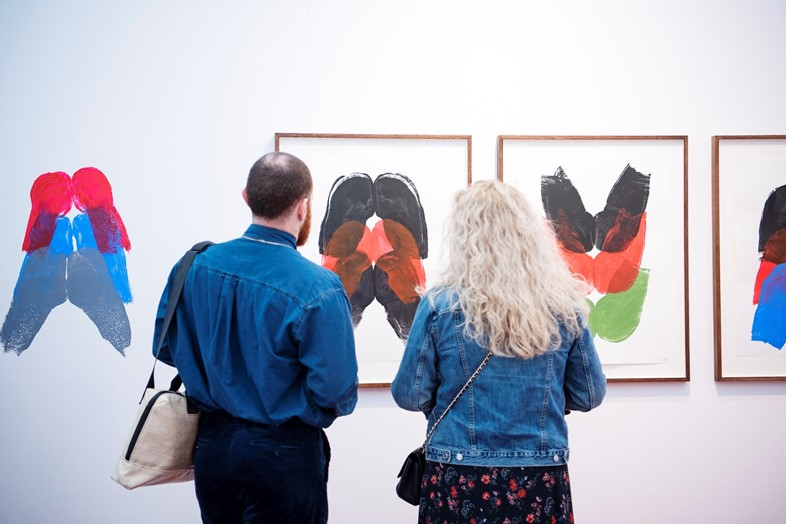 """Kembra Pfahler's """"butt paintings"""" can be seen live"""