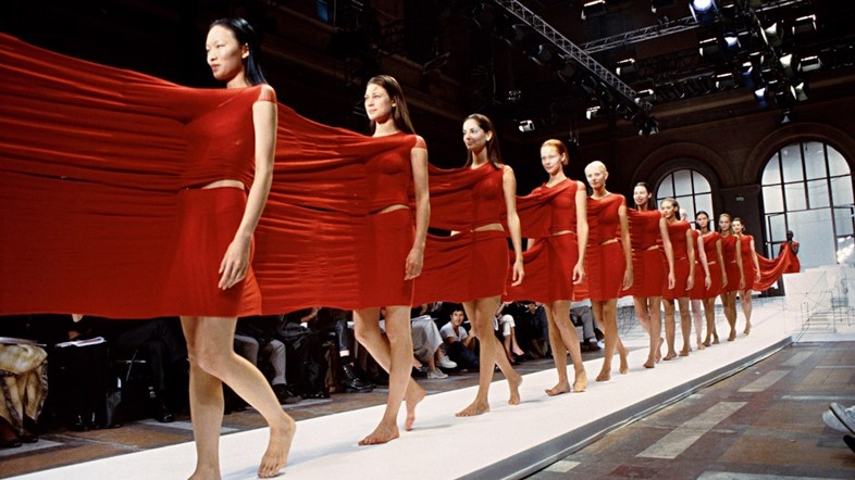 fashion documentary film movie Issey Miyake Moves (2002)