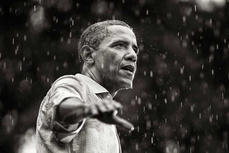 © Brooks Kraft: President Barack Obama campaigns in the rain