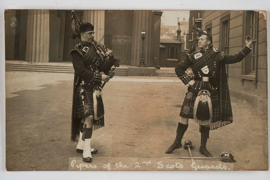 5. Pipers of the 2nd Scots Guards