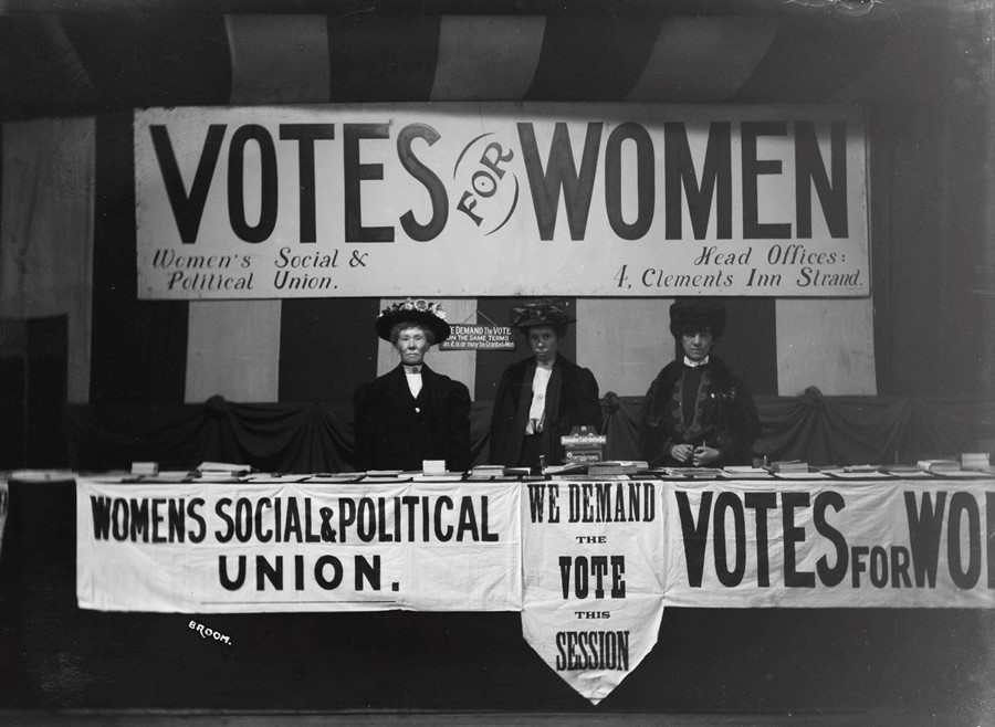 11. WomenÔÇÖs Social and Political Union Exhibi