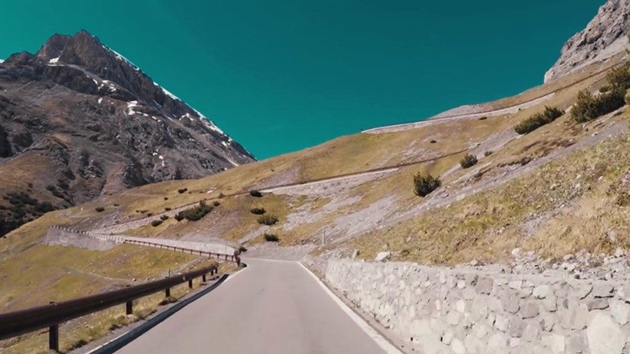 A Scenic Road Trip Through the Swiss Alps