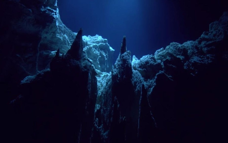 Challenger Deep, source kenh14.vn